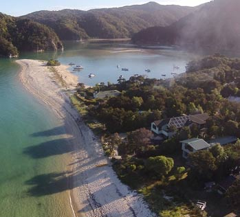 Places to go in the Abel Tasman - Torrent Bay
